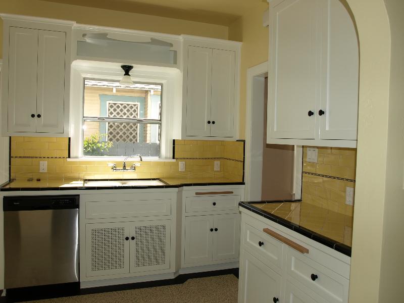 Spanish-Duplex-Kitchen